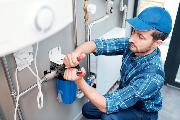 Professional plumbers for repairs and installations